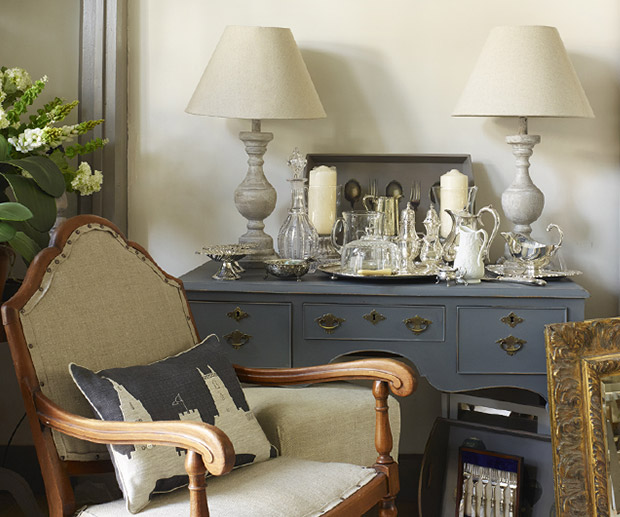 Vintage and Antique Furniturniture
